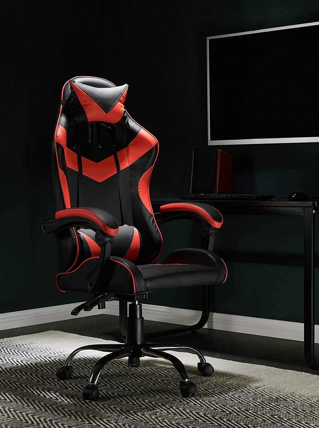 Ergonomic Gaming Chair with Swivel Gas Lift